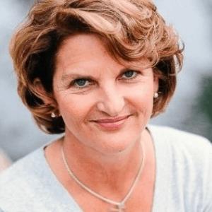 https://futurefoodtechlondon.com/wp-content/uploads/2019/07/FFT-LDN-Martha-Carlin.png